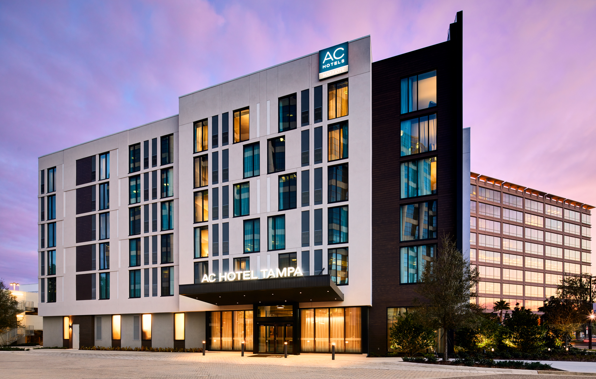 Hotel Exterior: AC Hotels By Marriott Tampa/Airport